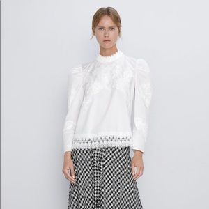Zara NWT contrasting poplin blouse, white lace